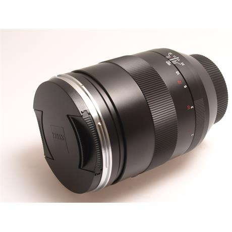Zeiss 135mm F2 Apo Sonnar T* ZE _ SALE thumbnail