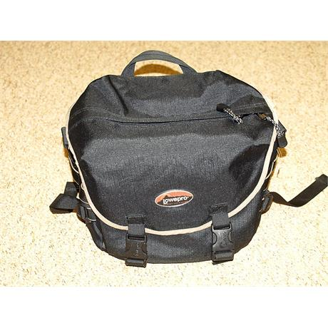 Lowepro S&F Reporter 200AW thumbnail