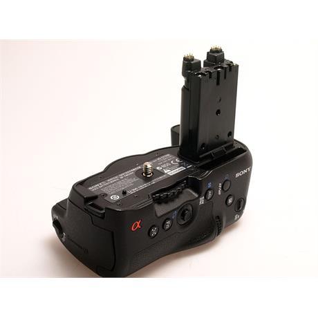Sony NP-FM500H Vertical Grip thumbnail