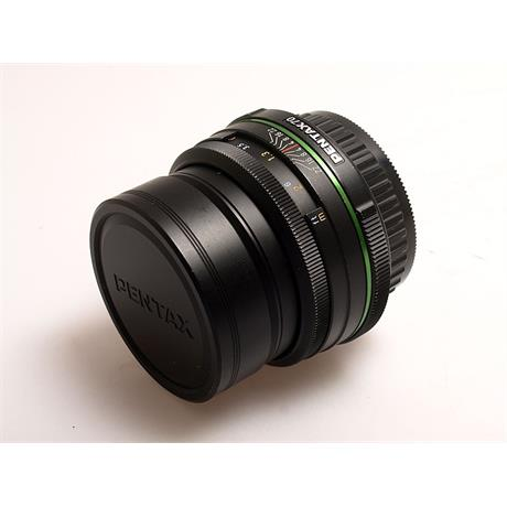 Pentax 70mm F2.4 DA Limited Edition thumbnail