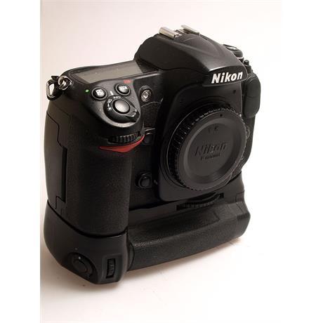 Nikon D300 + MB-D10 Grip thumbnail