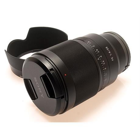 Sony 35mm F1.4 FE T* ZA thumbnail