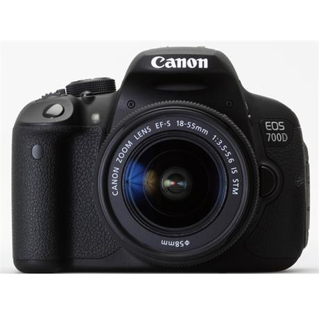 Canon EOS 700D + 18-135mm IS STM EF-S thumbnail