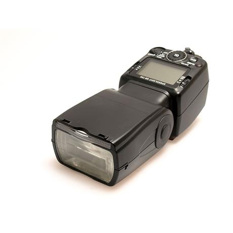 Nikon SB700 Speedlight thumbnail