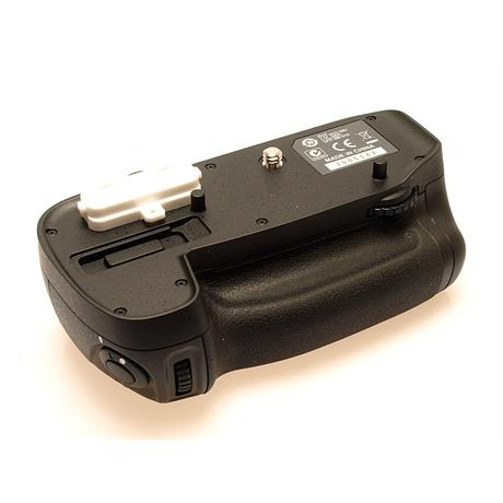 Nikon MB-D15 Multi Battery Pack thumbnail