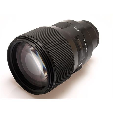 Sigma 135mm F1.8 DG HSM Art - Sony E thumbnail