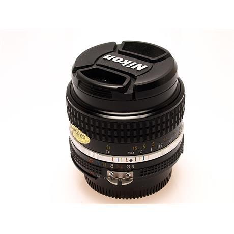 Nikon 28mm F3.5 AIS thumbnail