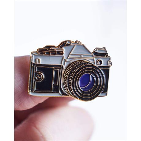 Offcial Exclusive Canon AE-1 - Pin Badge thumbnail
