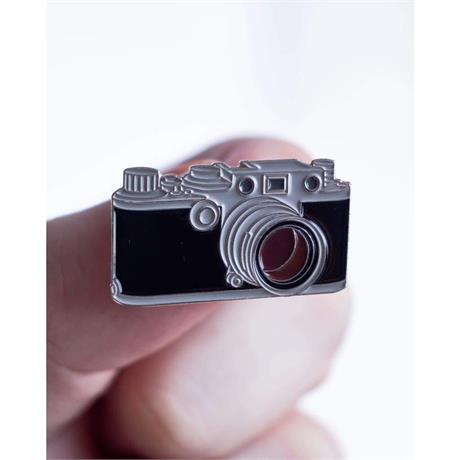 Offcial Exclusive Leica IIIc M39 - Pin Badge thumbnail