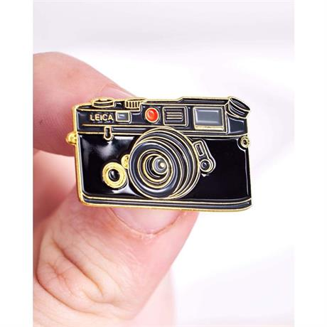 Offcial Exclusive Leica M4 / M6 - Pin Badge thumbnail