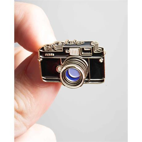 Offcial Exclusive Voigtlander Bessa - Pin Badge thumbnail