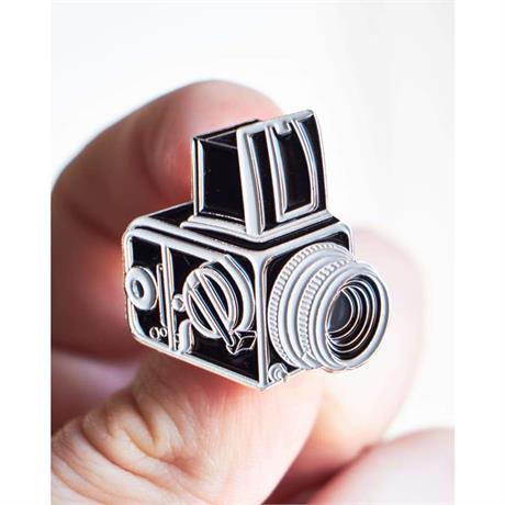 Offcial Exclusive Hasselblad 500c - Pin Badge thumbnail
