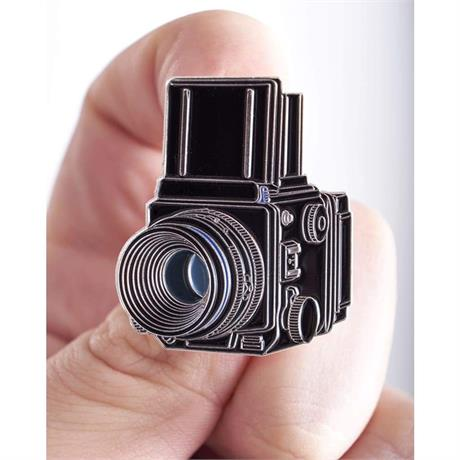 Offcial Exclusive Mamiya RZ67 - Pin Badge thumbnail