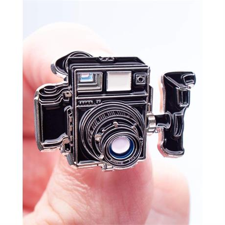 Offcial Exclusive Mamiya Press SUper 23 - Pin Badge thumbnail