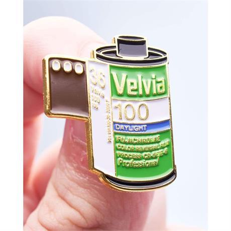 Offcial Exclusive Fujifilm Velvia 100 35mm Film - Pin Badg thumbnail
