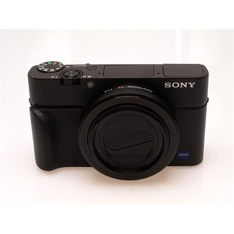 Sony DSC RX100 III thumbnail