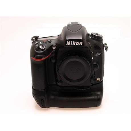 Nikon D600 Body + MB-D14 Grip thumbnail
