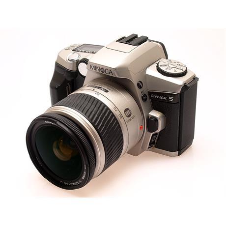 Minolta Dynax 5 + 28-80mm thumbnail