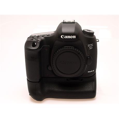 Canon EOS 5D III Body + BG-E11 Grip thumbnail