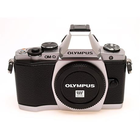 Olympus OM-D  E-M5 Body Only - Silver thumbnail