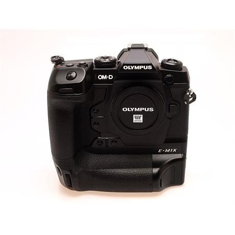Olympus OM-D E-M1X Body Only - Black thumbnail