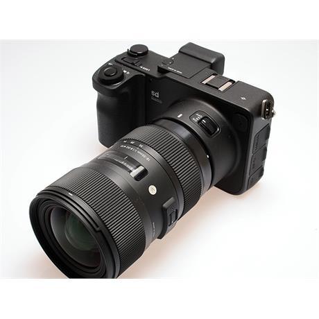 Sigma SD Quattro + 18-35mm thumbnail