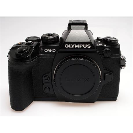 Olympus OMD E-M1 Black Body Only thumbnail