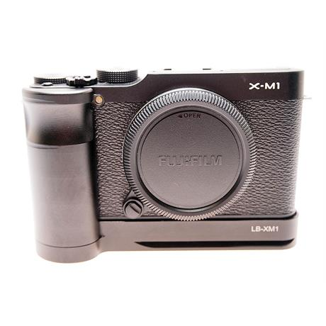 Fujifilm X-M1 Black Body + Grip thumbnail