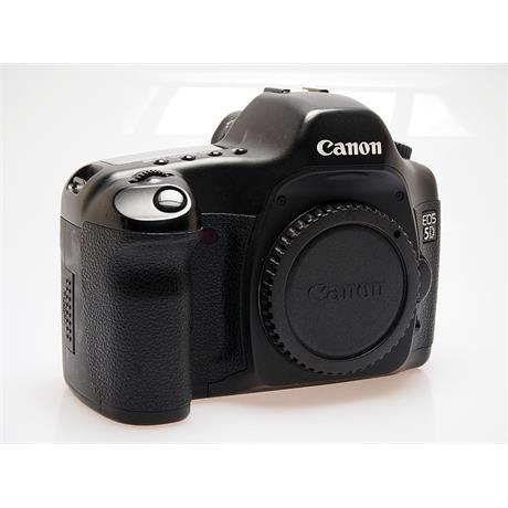 Canon EOS 5D Body Only thumbnail