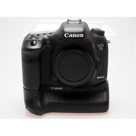Canon EOS 7D II Body + BG-E16 Grip thumbnail