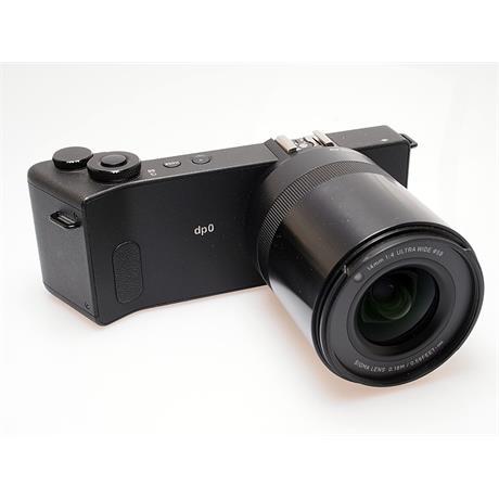 Sigma DP0 Quattro + LCD Viewfinder thumbnail