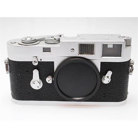 Leica M2 Chrome Body Only thumbnail