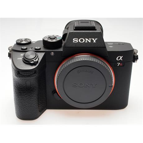 Sony Alpha A7R III Body Only thumbnail