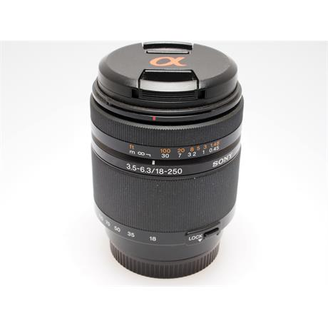 Sony 18-250mm F3.5-6.3 DT thumbnail