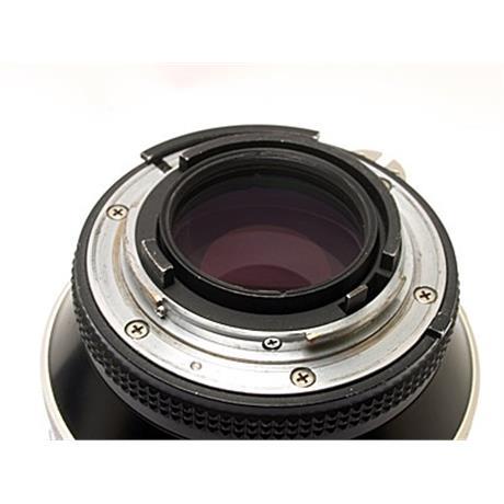 Nikon 180mm F2.8 ED AIS thumbnail