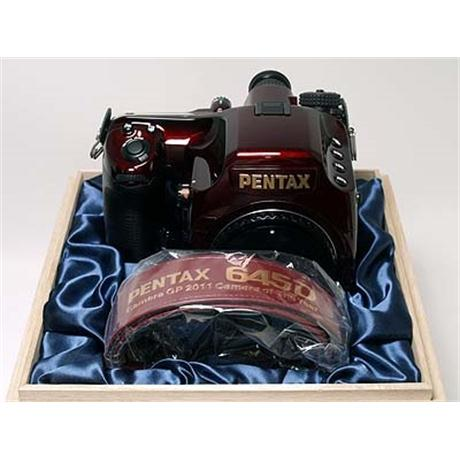 "Pentax 645D ""Japan"" Limited Edition  thumbnail"