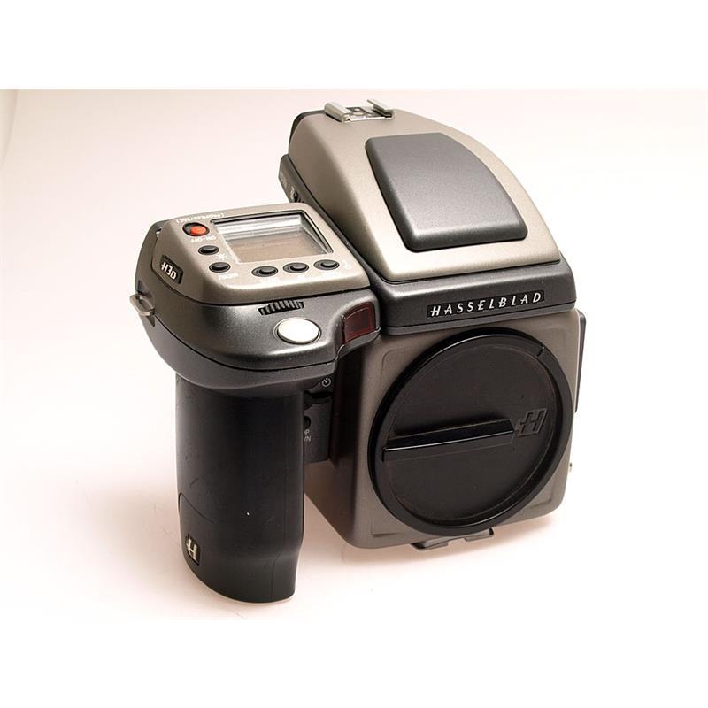 Hasselblad H3D + Prism + 31MP Digital Back Thumbnail Image 0
