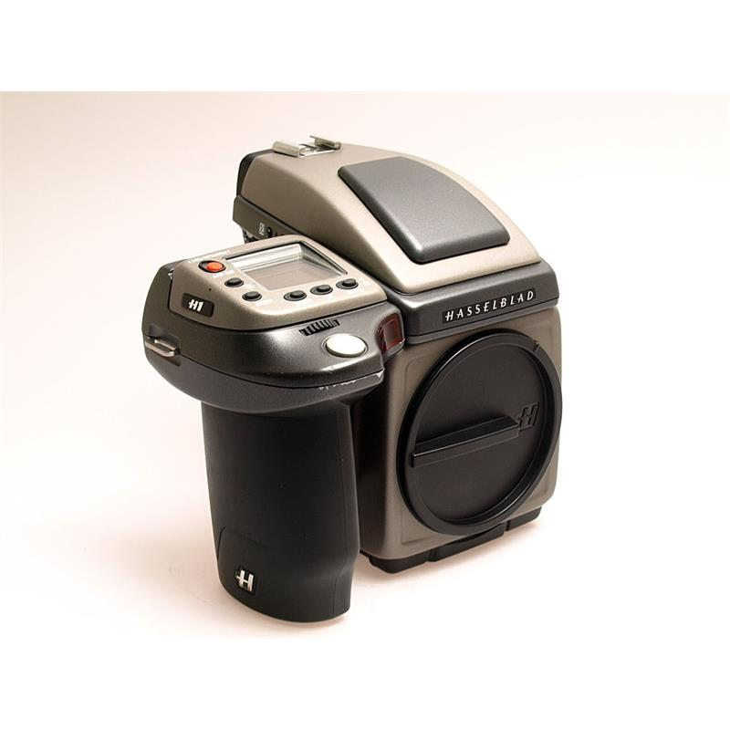 Hasselblad H1 Body + Prism Thumbnail Image 0