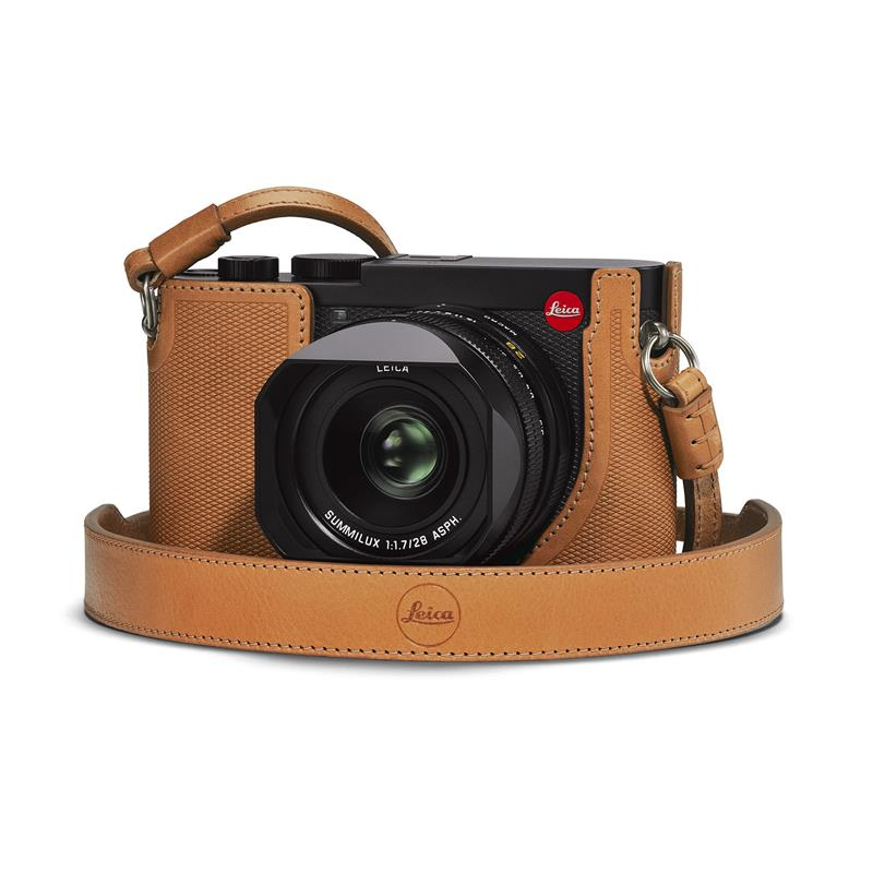 Leica Q2 Carrying Strap 19571 - Brown	 Image 1