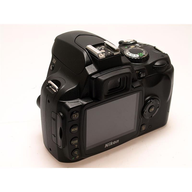 Nikon D40X Body Only Thumbnail Image 1