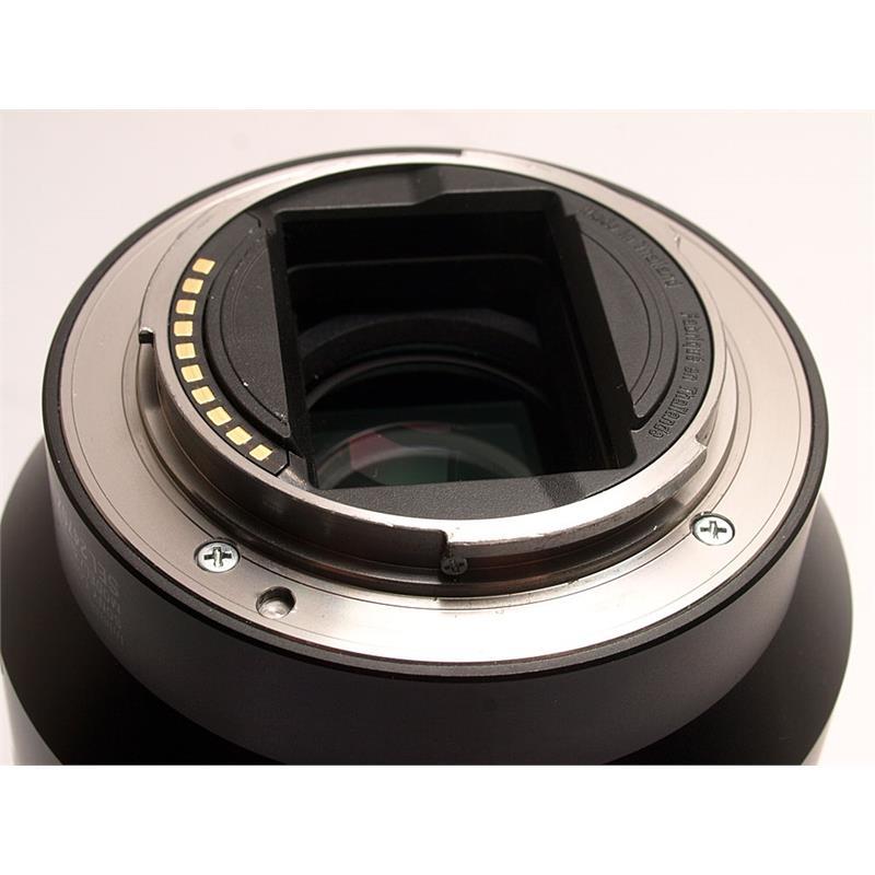 Sony 24-70mm F4 FE ZA OSS Thumbnail Image 2