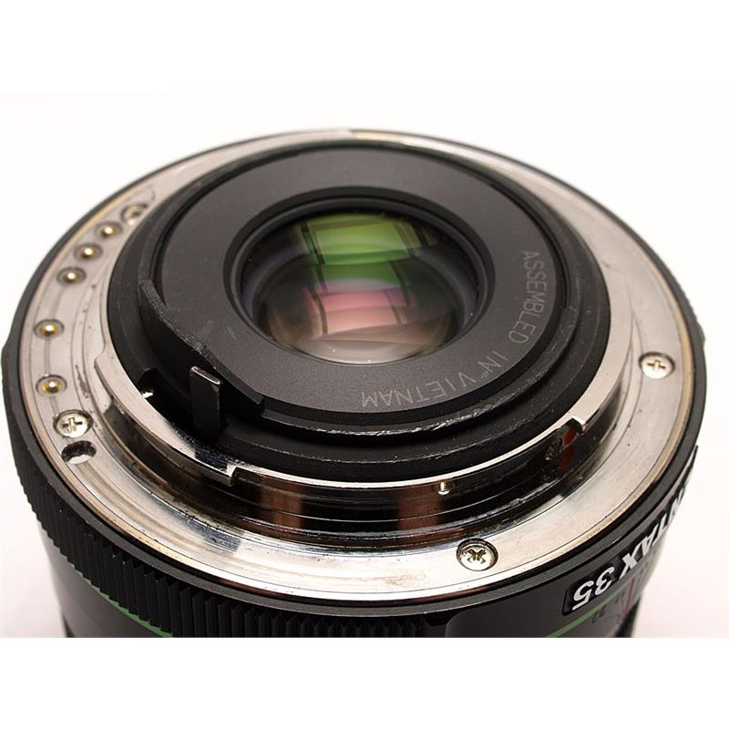 Pentax 35mm F2.8 DA Macro HD Thumbnail Image 2