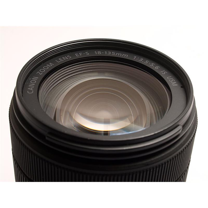 Canon 18-135mm F3.5-5.6 IS USM EF-S Thumbnail Image 1