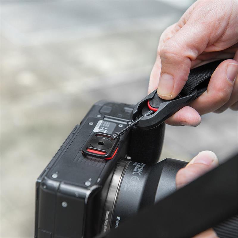 Peak Design Leash Quick Connect Camera Strap - Charc Thumbnail Image 2