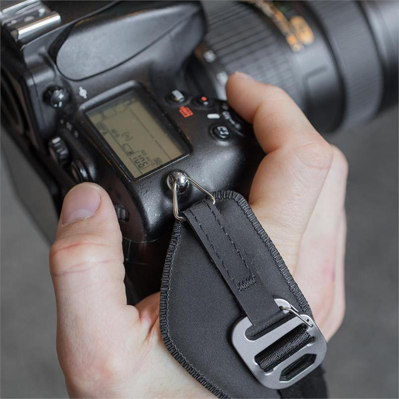 Peak Design Clutch Quick Attach / Adjust Hand Strap Thumbnail Image 2