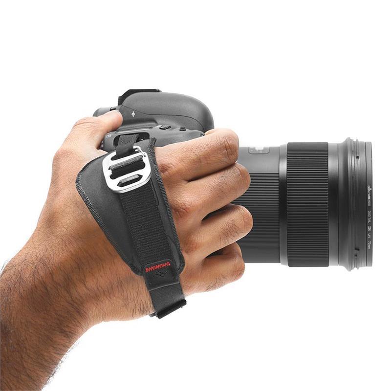 Peak Design Clutch Quick Attach / Adjust Hand Strap Thumbnail Image 1