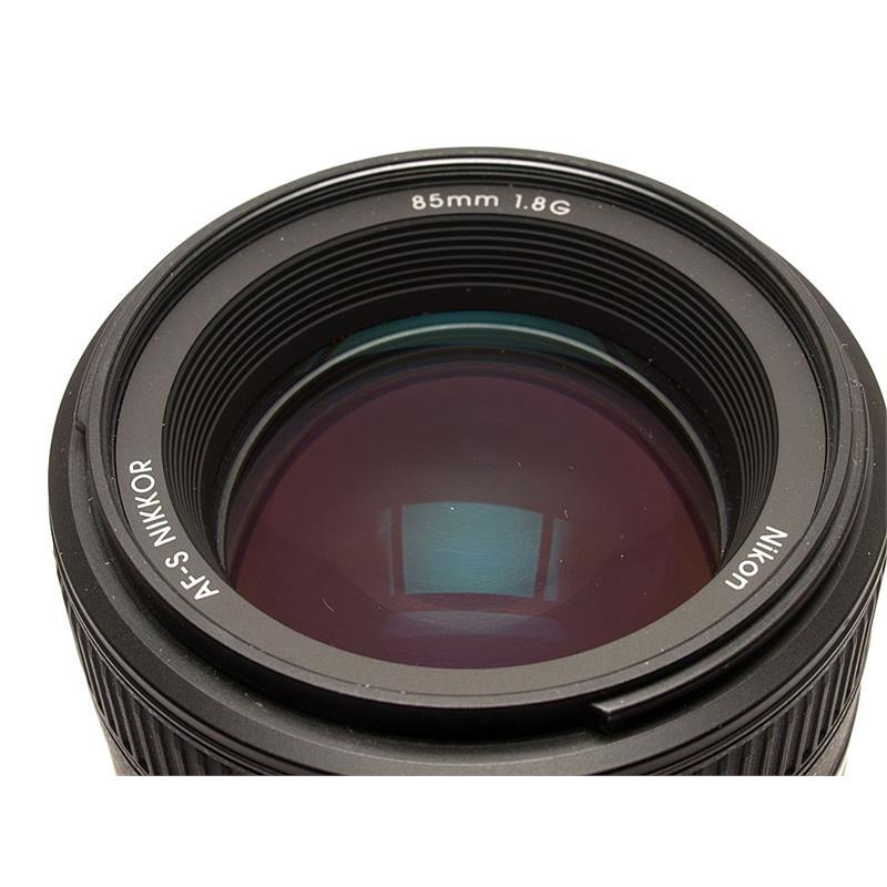 Nikon 85mm F1.8 AF-S G Thumbnail Image 1
