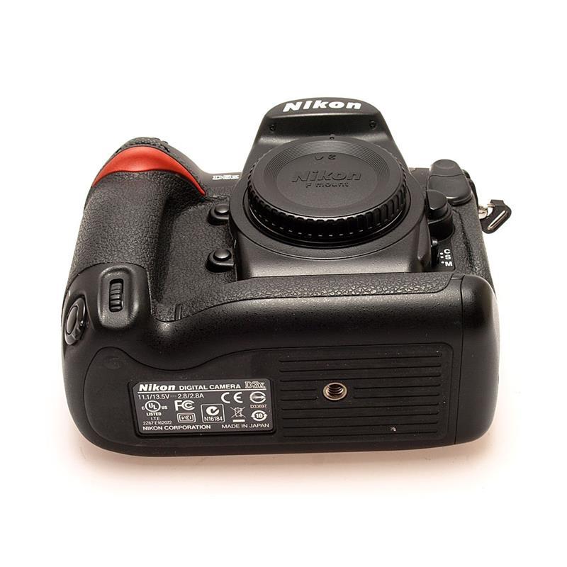 Nikon D3X Body Only Thumbnail Image 2