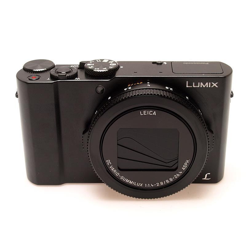 Panasonic DMC LX15 - Black Thumbnail Image 0