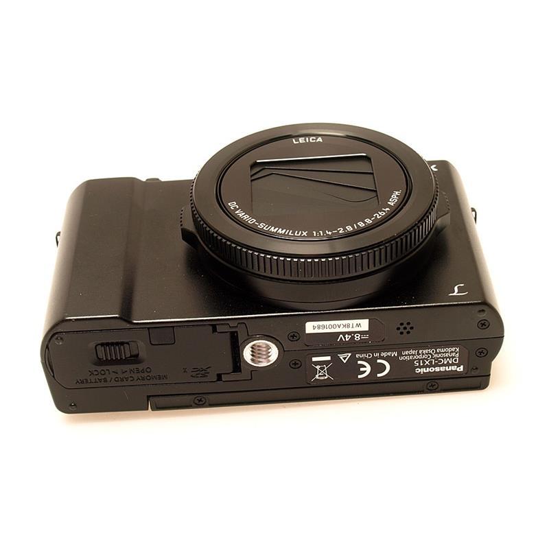 Panasonic DMC LX15 - Black Thumbnail Image 2